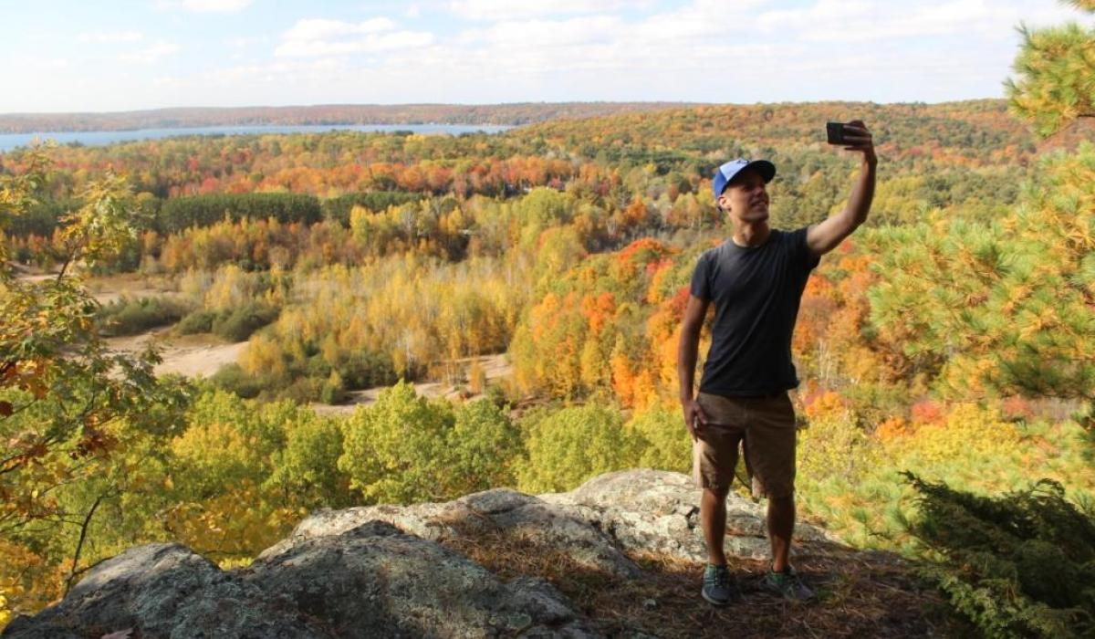 Hike the Circuit of 5 Viewpoints to reach great lookouts in the Haliburton Highlands