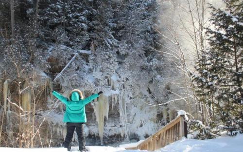 Snowshoe, outdoors, activities, Haliburton, winter