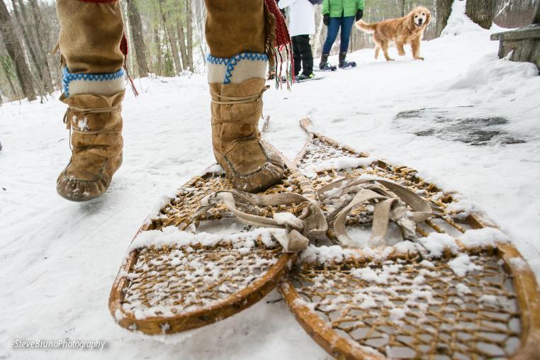 snowshoes, snowshoeing, winter travel , Haliburton